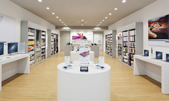 Сотовые телефоны американского торгового бренда Apple